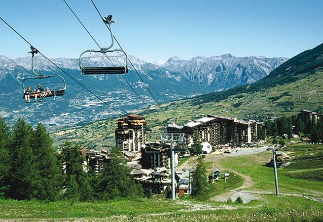 Place à la saison d'été ! Location Ski Les Orres